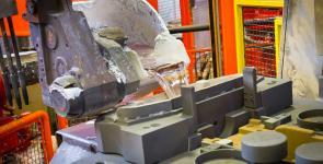 immagine semi permanent mold: colata